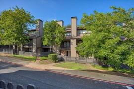 Highlands Creek Apartments Dallas TX