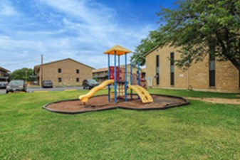 Playground at Listing #136551