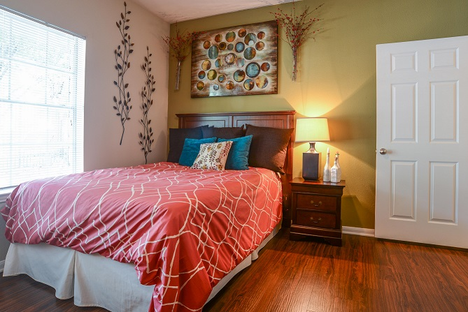 Bedroom at Listing #140788