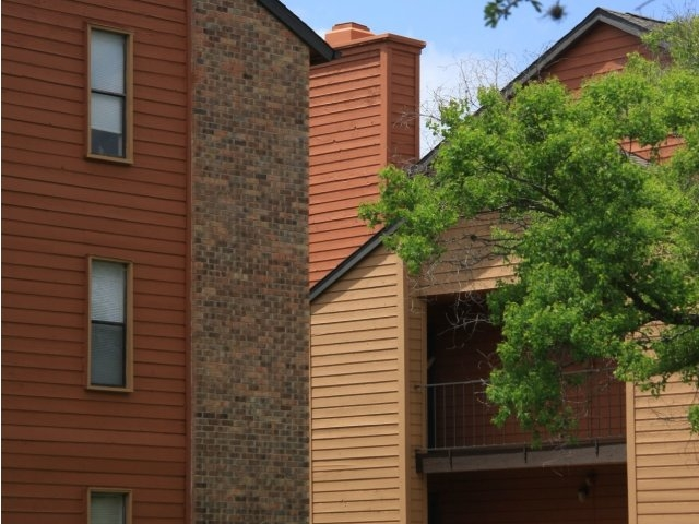 Exterior at Listing #141358