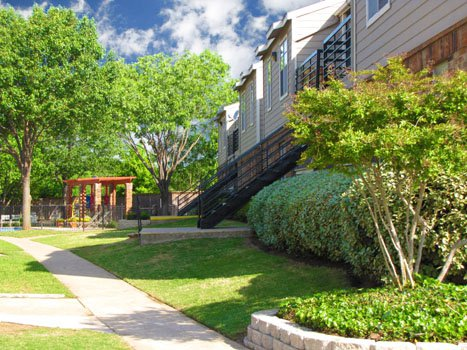 Cedar Point ApartmentsSeagovilleTX