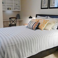 Bedroom at Listing #145749