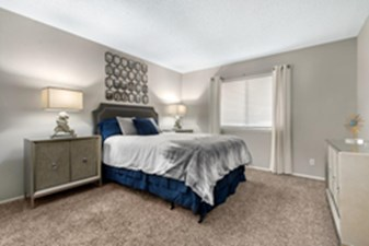 Bedroom at Listing #141283