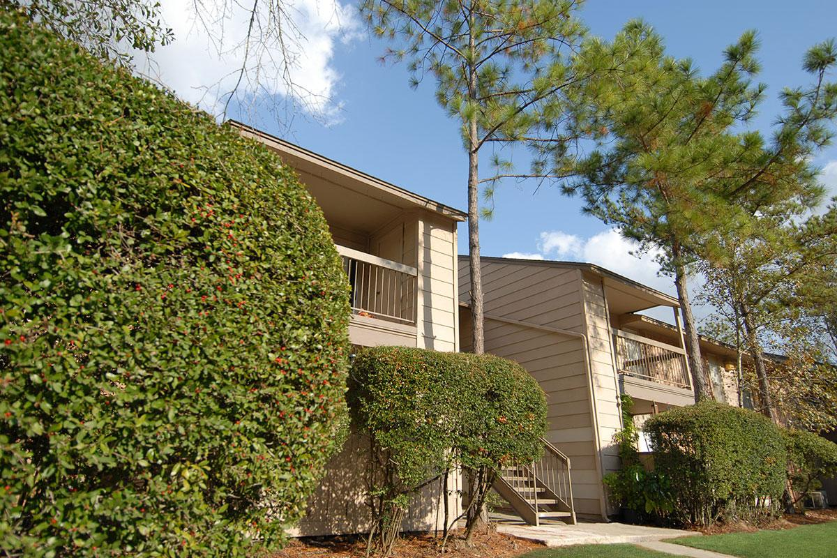 Exterior at Listing #138596