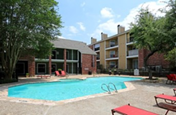 Pool at Listing #141126