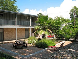 Exterior 2 at Listing #143447