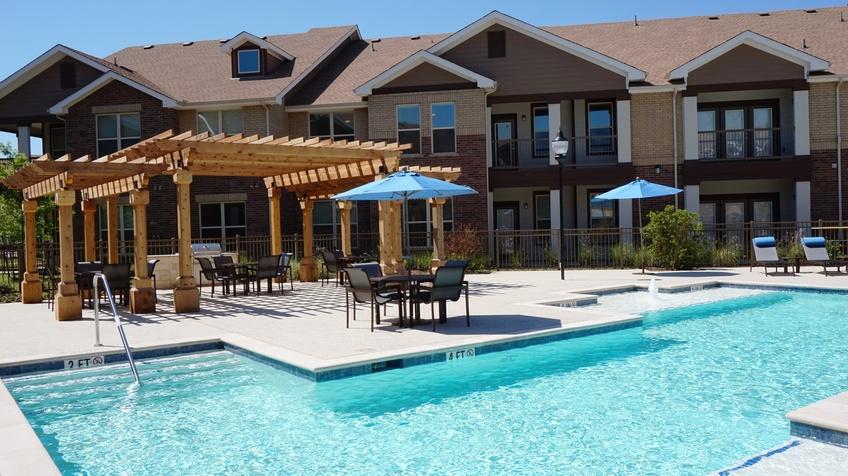 Pool at Listing #260445
