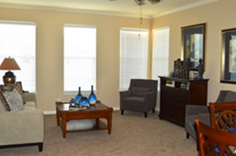 Living at Listing #144669