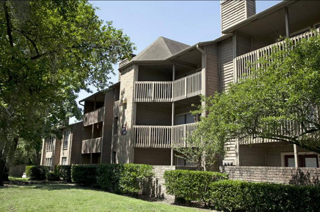 Riverwalk Apartments Houston TX