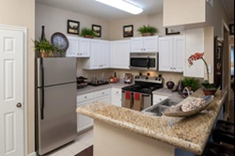 Kitchen at Listing #139611