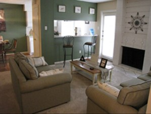 Living at Listing #141410