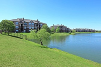 View at Lakeside at Listing #137722