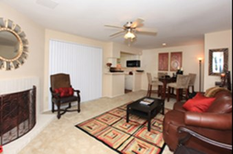 Living at Listing #137008