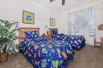 Bedroom at Listing #140107