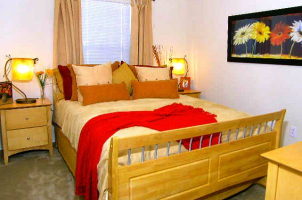 Bedroom at Listing #144145