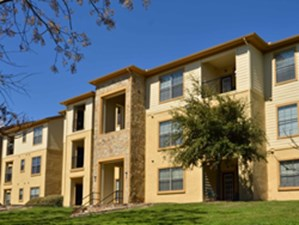 Exterior at Listing #144568