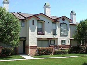 Exterior at Listing #137410