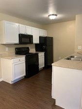 Kitchen at Listing #138994