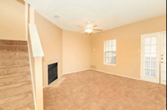 Living at Listing #135834