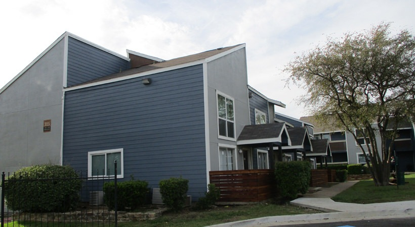 Exterior at Listing #135644