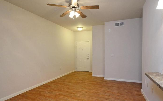 Living at Listing #253212