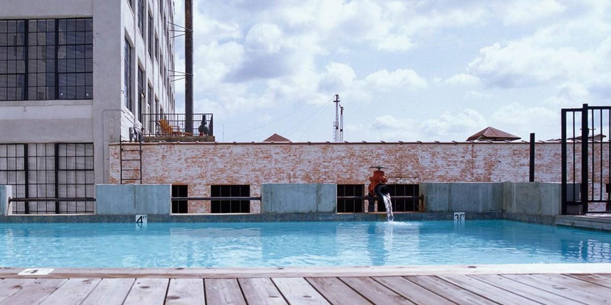 Pool at Listing #137779