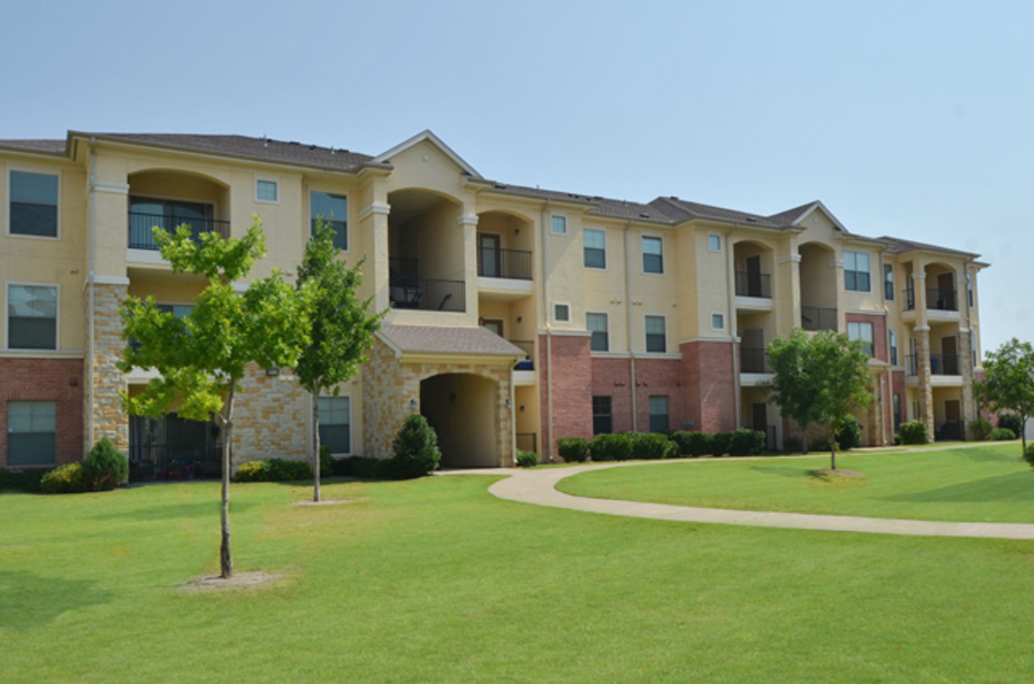 Red Oak Town Village Apartments Red Oak TX
