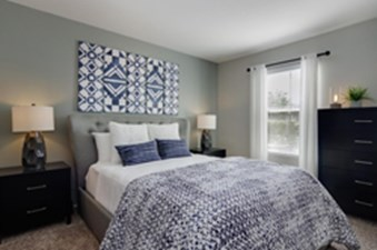 Bedroom at Listing #138635