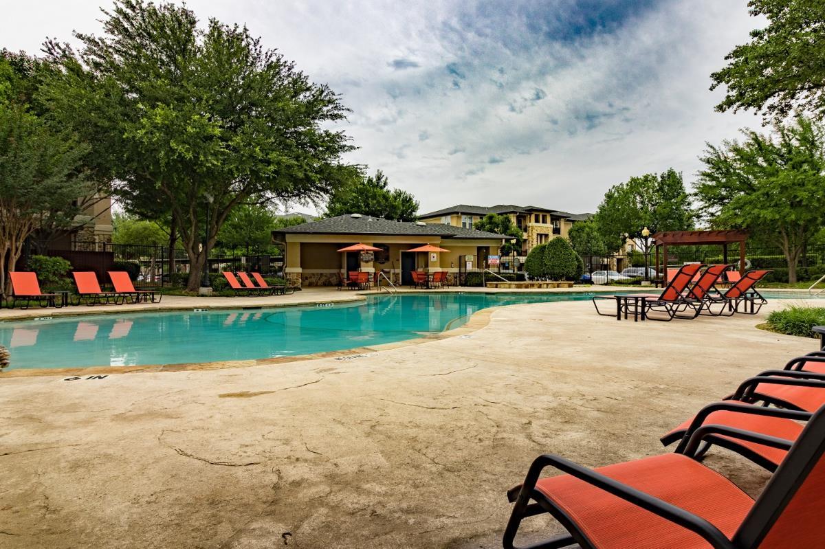Pool at Listing #143388