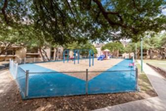 Playground at Listing #140814