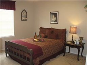 Bedroom at Listing #139371