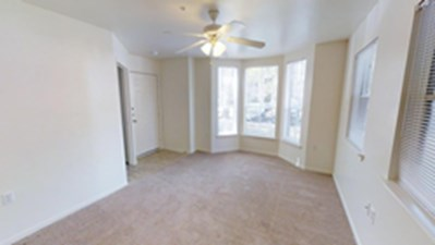 Bedroom at Listing #139011