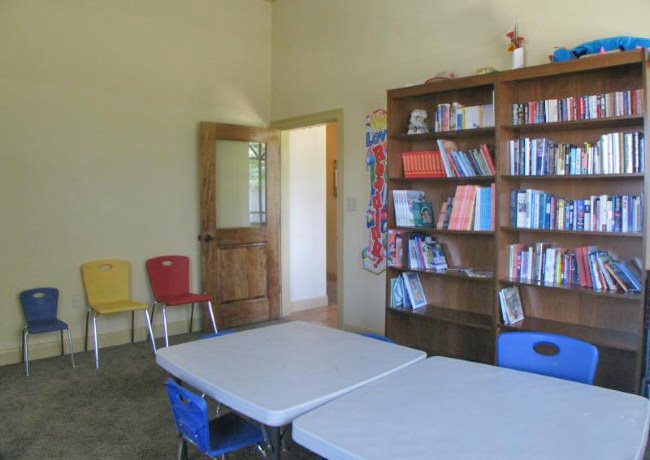 Library at Listing #138194
