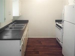 Kitchen at Listing #141037