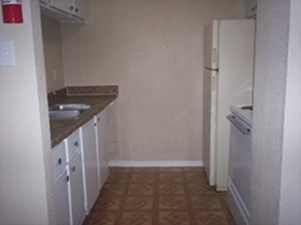 Kitchen at Listing #139853