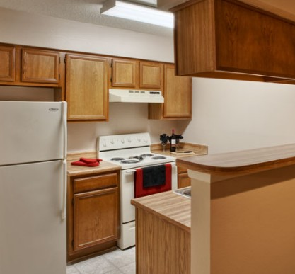 Kitchen at Listing #140522
