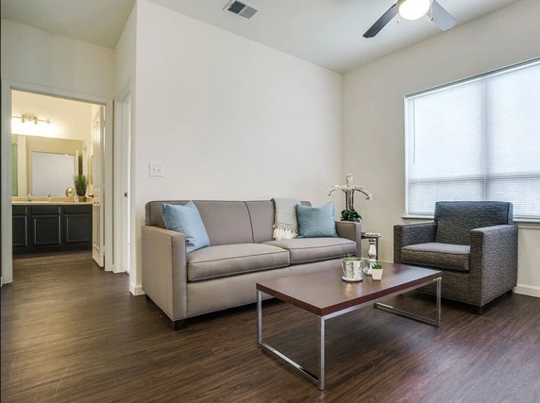 Living at Listing #264026