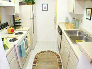 Kitchen at Listing #139201