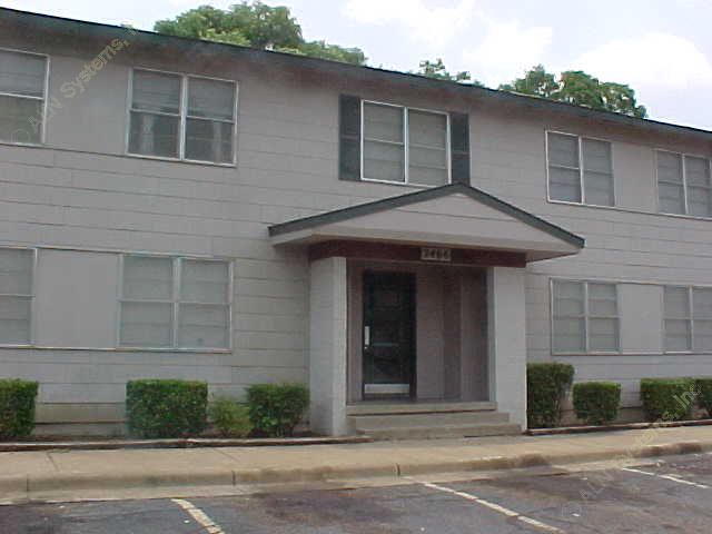 Exterior 2 at Listing #136455