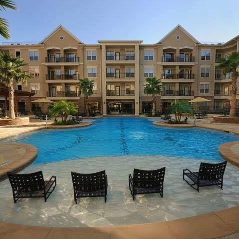 Pool at Listing #145535