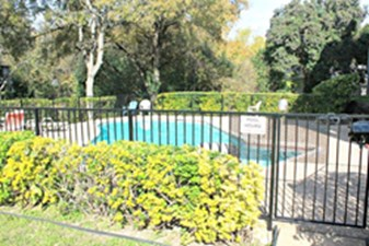 Pool at Listing #140550