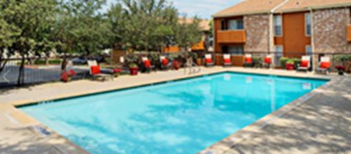 Pool at Listing #141118