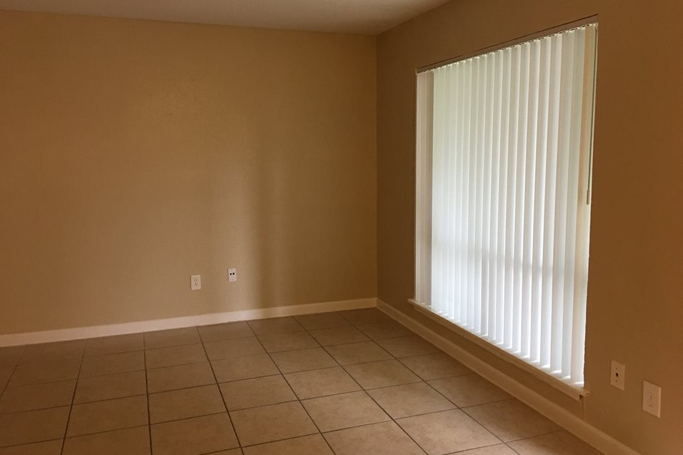 Living at Listing #144391