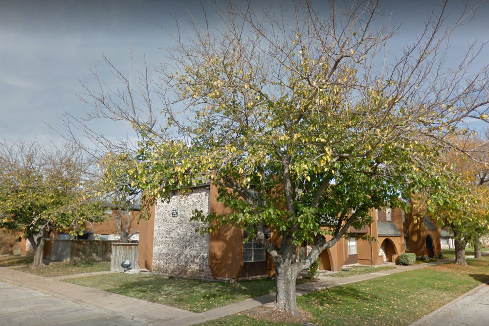 Exterior at Listing #135623