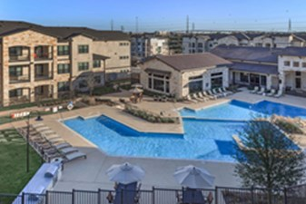 Pool at Listing #279754