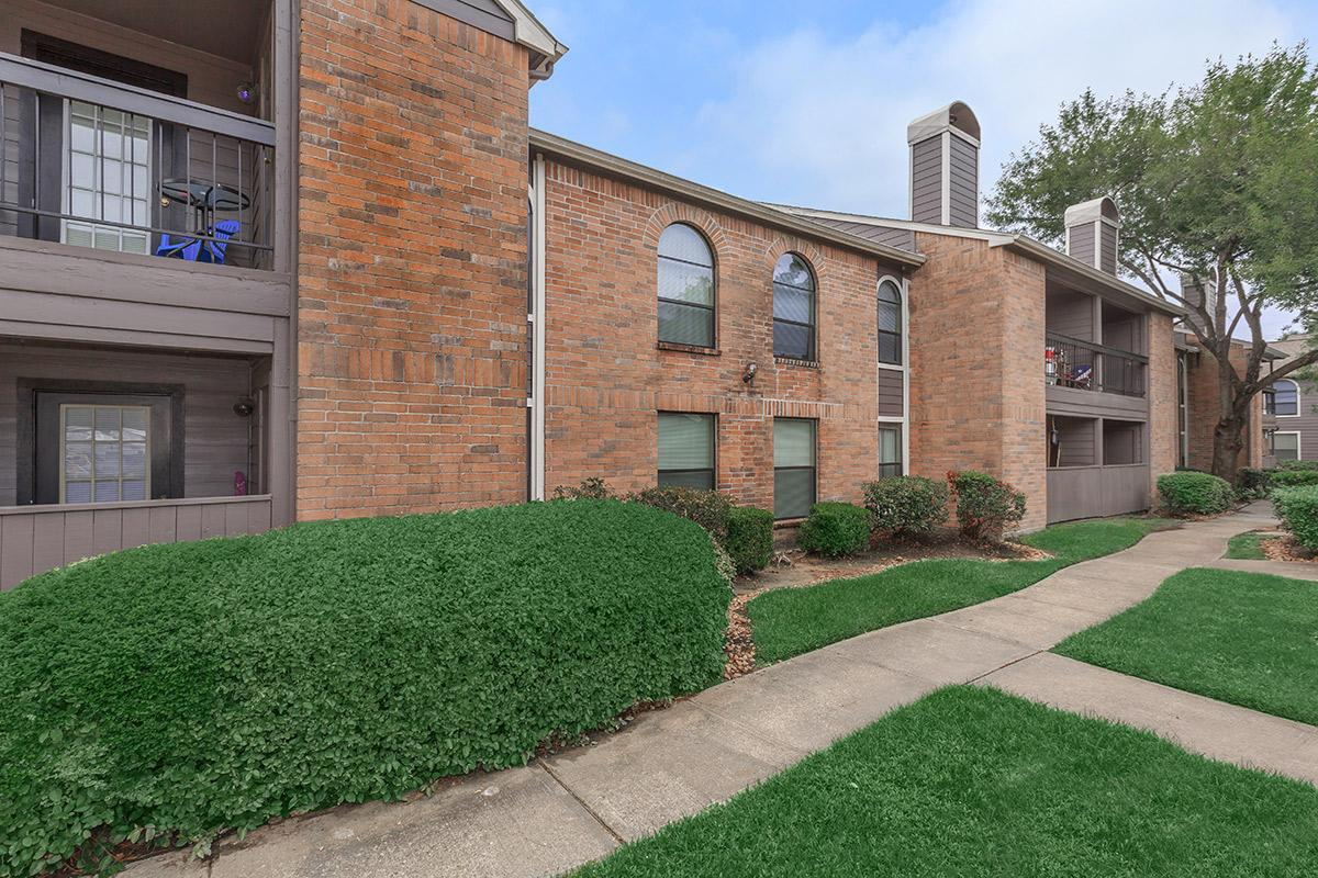 Exterior at Listing #138513