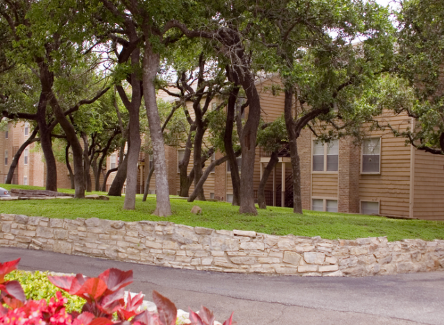 Bent Tree Apartments San Antonio TX