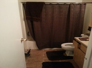 Bathroom at Listing #255584