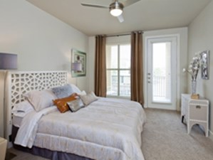 Bedroom at Listing #256364