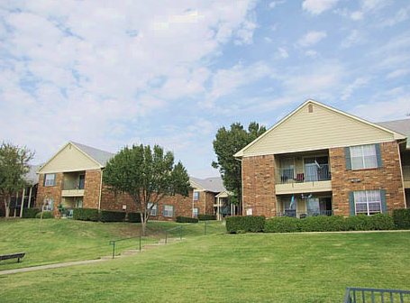 Hebron Trails Apartments Carrollton, TX